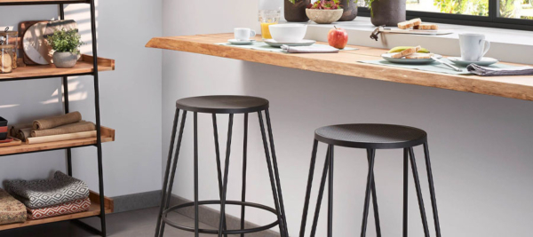 Bar Tables & Bar Stools