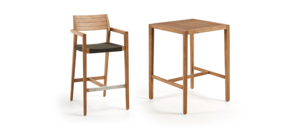 Outdoor wooden bar stool and bar table from Kave Home.